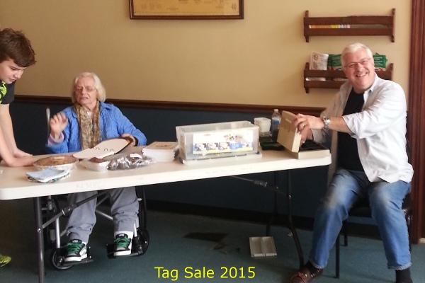 2015_tagsale1.jpg