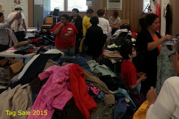 2015_tagsale4.jpg