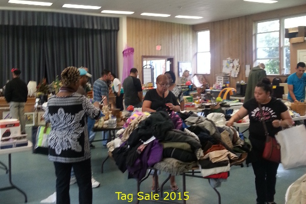 2015_tagsale5.jpg