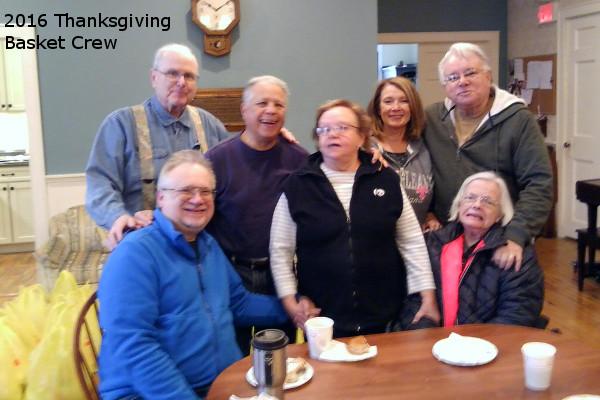 2016_Thanksgiving crew